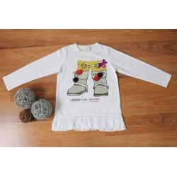 Camiseta de niña con botas